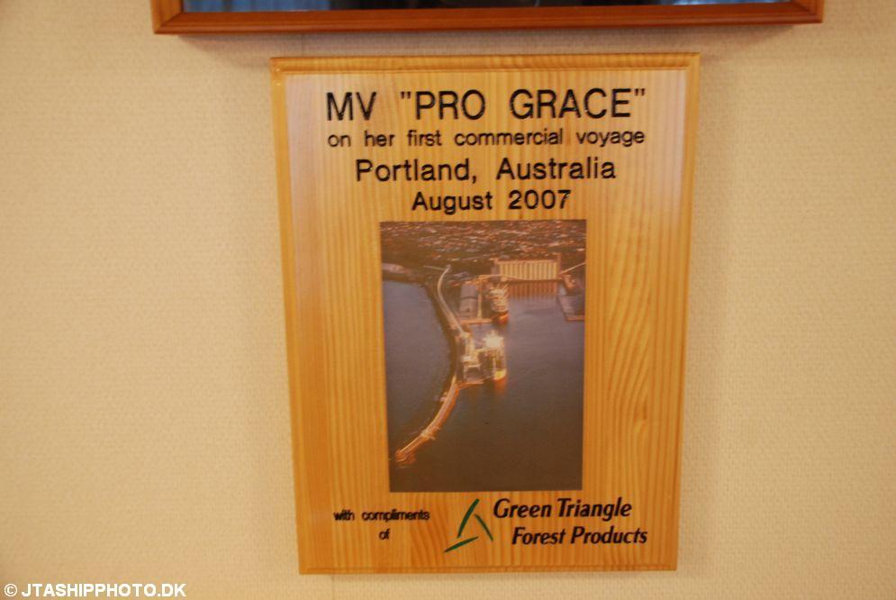 Pro Grace (105)