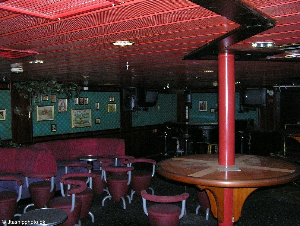 Jupiter Neptune Bar 1
