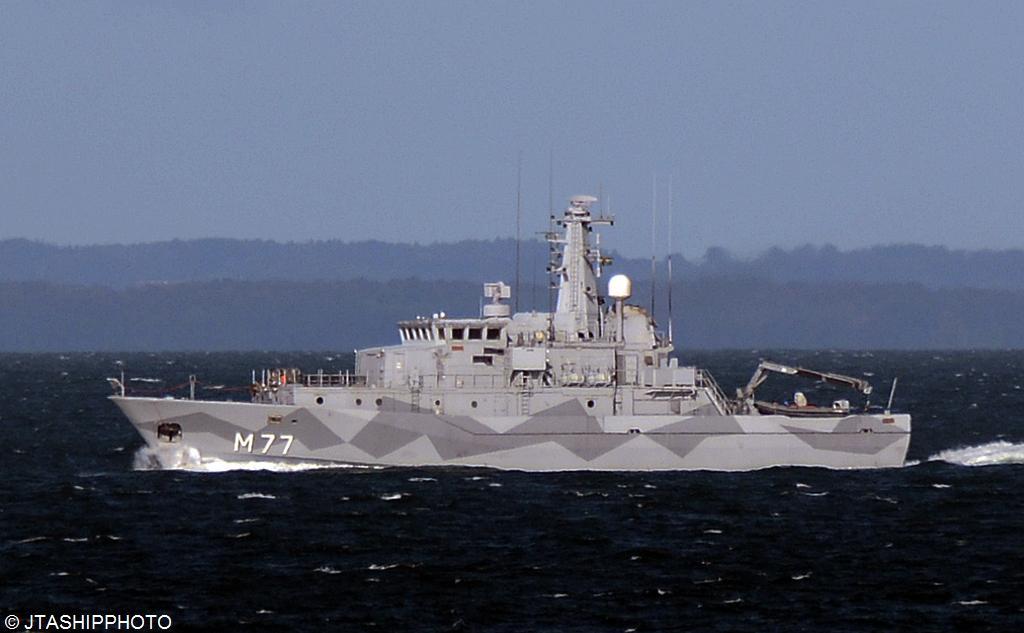 M 77 HSwMS Ulvon (3)
